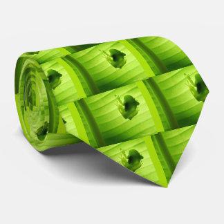 Silhouette of amagaeru tie