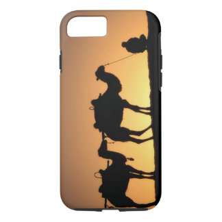 Silhouette of camel caravan on the desert at 2 iPhone 8/7 case