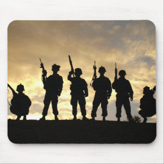 Silhouette of Soldiers in 101st Airborne Division Mouse Pads