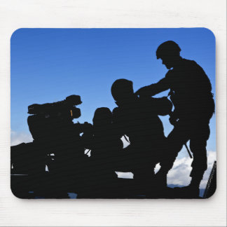 Silhouette of soldiers mouse pad