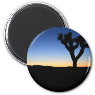 Silhouetted Joshua Tree 6 Cm Round Magnet