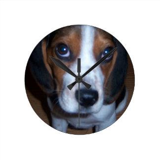 Silly Dog Randy beagle puppy Round Clock