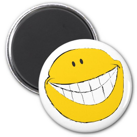 Silly Smiley Face Grin 6 Cm Round Magnet