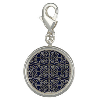 Silver And Blue Connected Ovals Celtic Pattern