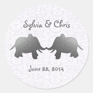 silver elephant - white round sticker
