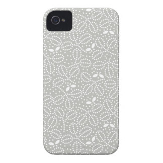 Silver Gray Leaf Pattern iPhone 4/4S Case