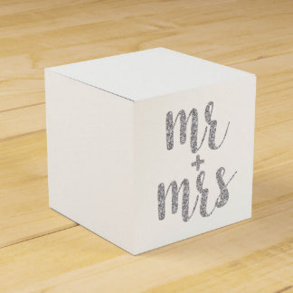 Silver Mr. & Mrs. favor boxes, glitter Party Favour Box