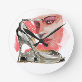 SILVER SHOE LADY ROUND CLOCK