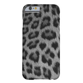 Silver Snow Leopard iPhone 6 case