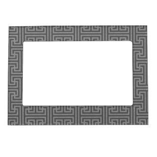 Simple geometric shapes magnetic frame