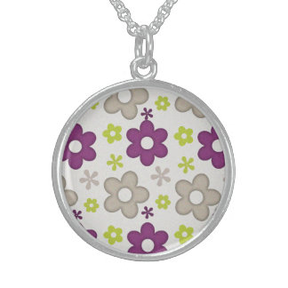 Simple Victory Active Stirring Round Pendant Necklace