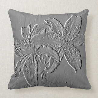 """""""Simply Floral"""" Polyester 20 x 20 Throw Pillow"""