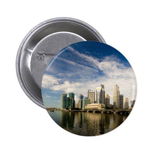 Singapore skyline 6 cm round badge