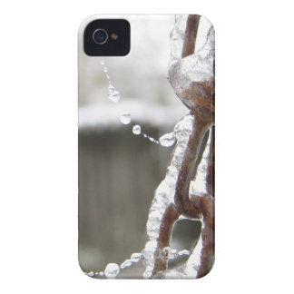 Single Chain and Pearls Case-Mate iPhone 4 Cases