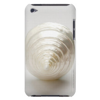Single spiral seashell iPod touch covers