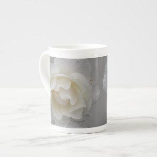 Single White Rose Tea Cup