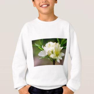 Single white wild flower sweatshirt