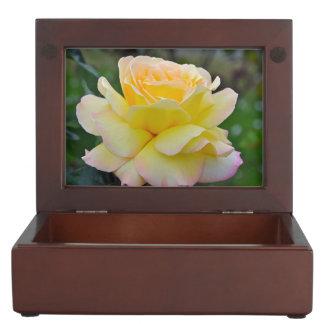 Single yellow rose keepsake boxes