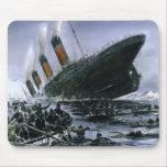 Sinking RMS Titanic Mousepad