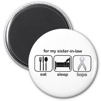 sister-in-law 6 cm round magnet