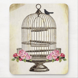 SiTTiNG PReTTy BLaCKBiRD on BiRDCaGe Mouse Mat