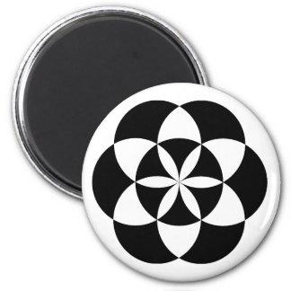 Six Petalled Flower Magnet, BW 6 Cm Round Magnet