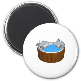 skarks in hot tub 6 cm round magnet
