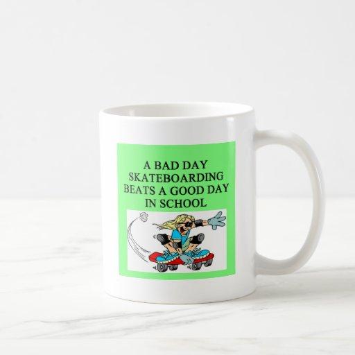 SKATEbording joke Mugs