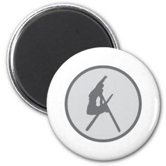 ski jump - jumping skier grey 6 cm round magnet
