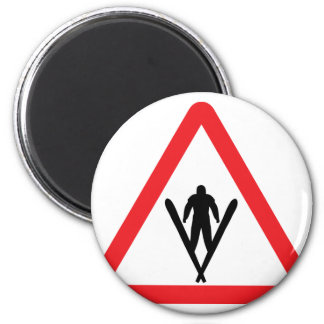 ski jump warning sign 6 cm round magnet