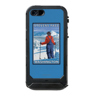 Skier Admiring - Stevens Pass, Washington Incipio ATLAS ID™ iPhone 5 Case