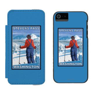 Skier Admiring - Stevens Pass, Washington Incipio Watson™ iPhone 5 Wallet Case