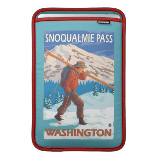 Skier Carrying Snow Skis - Snoqualmie Pass, WA Sleeve For MacBook Air