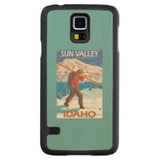 Skier Carrying Snow Skis- Vintage Travel 2 Carved Maple Galaxy S5 Case