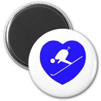Skiing White on Blue Heart 200dpi 6 Cm Round Magnet