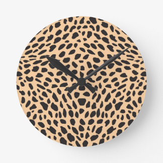 Skin cheetah decor round clock