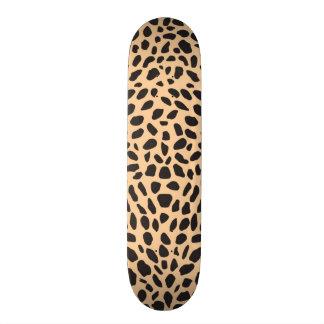 Skin cheetah decor skate board