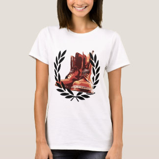 skins boots T-Shirt