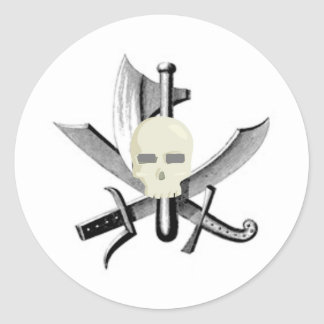 SKULL AND CROSSED SWORDS PRINT ROUND STICKER