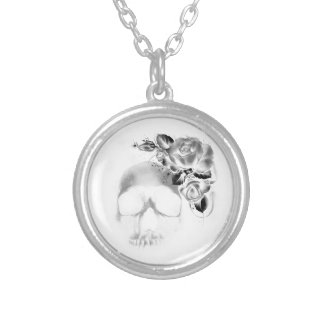 Skull and roses round pendant necklace