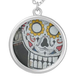 skull colorful round pendant necklace