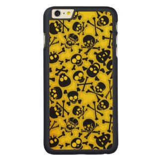 Skull & Crossbones Pattern Carved Maple iPhone 6 Plus Case