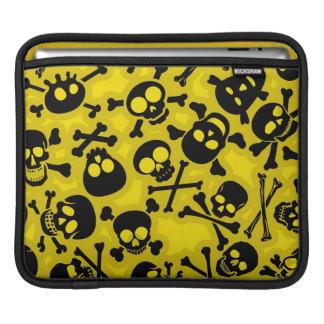 Skull & Crossbones Pattern iPad Sleeve