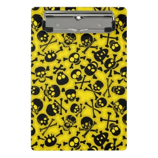 Skull & Crossbones Pattern Mini Clipboard