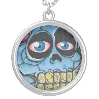 skull eyes round pendant necklace