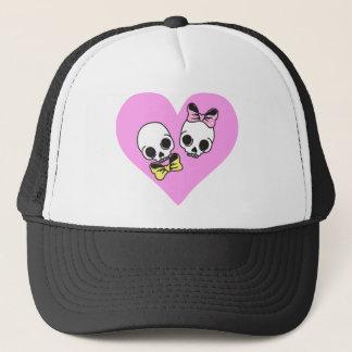 skull love trucker hat