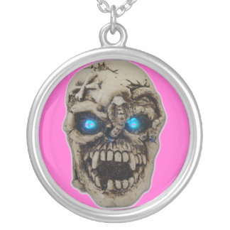 SKULL ROUND PENDANT NECKLACE