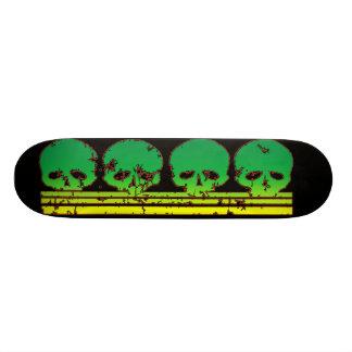 Skull Row Skateboard