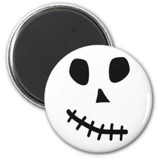 skull smile magnet