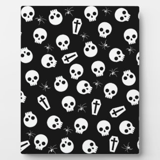 Skull, spider and chest  - Halloween pattern Plaque